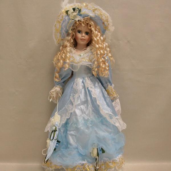 Фарфоровая кукла Ariana