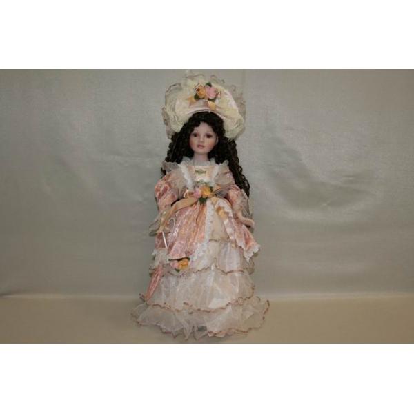 Фарфоровая кукла Rachel