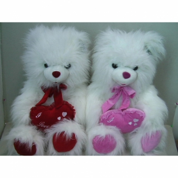 Мишка пушистый белый с сердцем и бантом арт. 89598