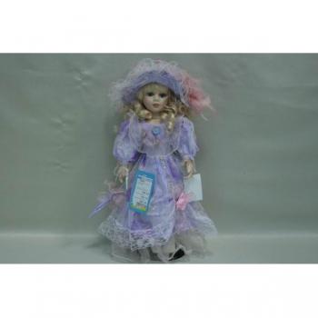 Фарфоровая кукла Karlin