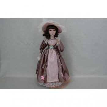 Фарфоровая кукла Taylor